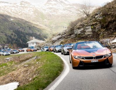 Παράδοση των πρώτων BMW i8 Roadster