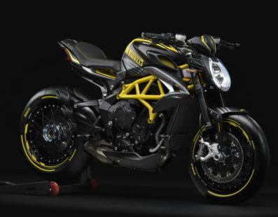 Dragster 800 RR Pirelli, καθαρά ιταλική, για απαιτητικούς αναβάτες!!