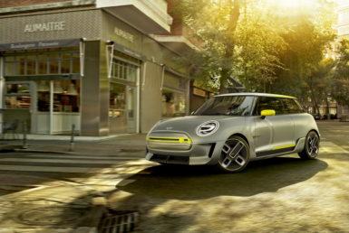 Στο Ντίνγκολφινγκ οι μπαταρίες του νέου ηλεκτρικού Mini