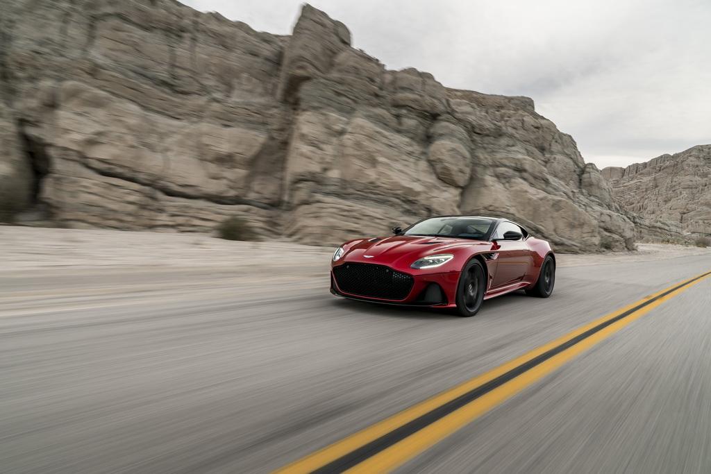 Aston Martin DBS Superleggera action