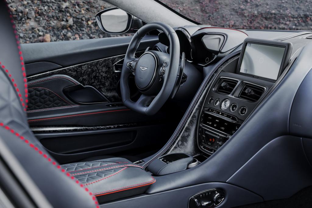 Aston Martin DBS Superleggera interior
