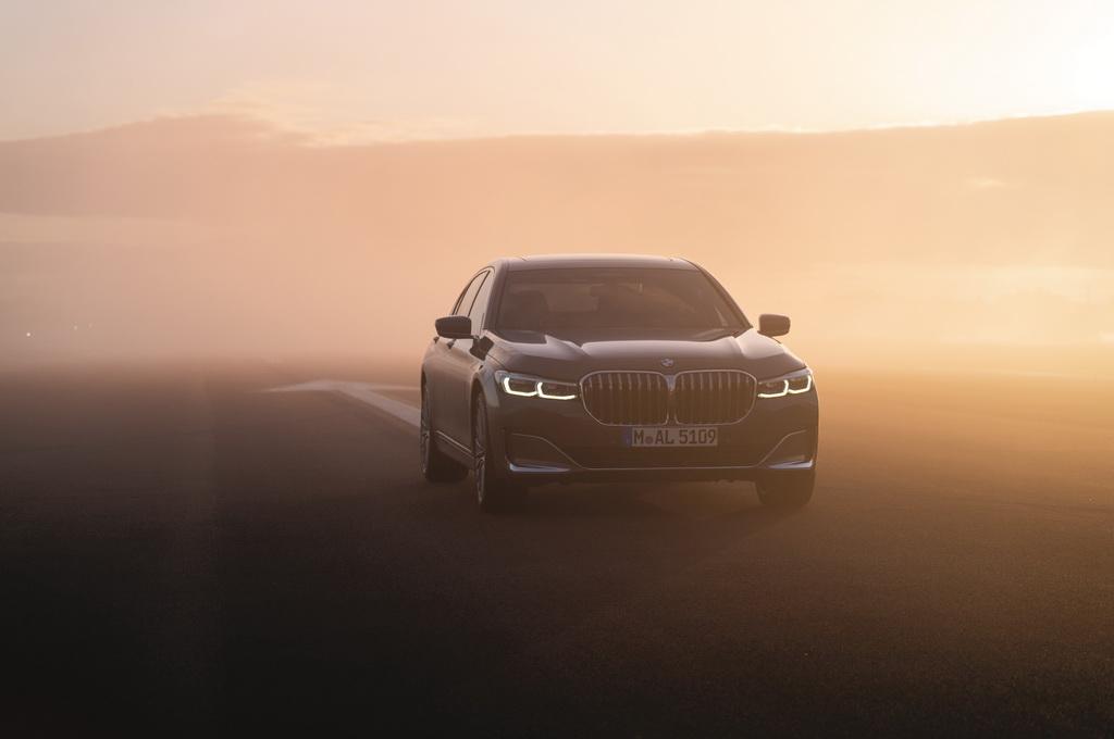 Νέα BMW Σειρά 7 με βίντεο «Above the Clouds» (1)