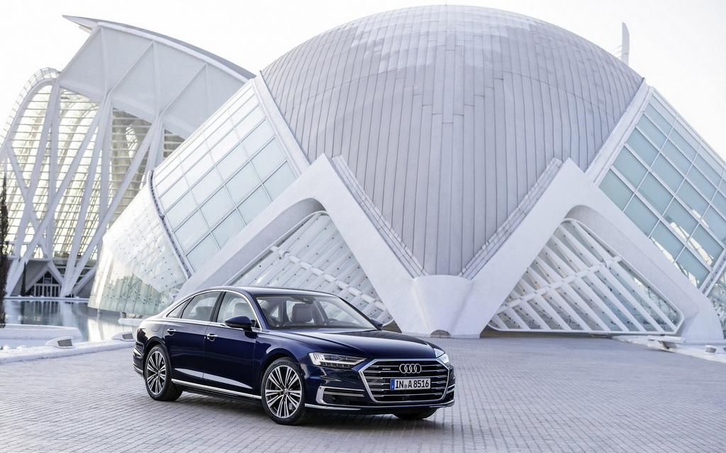 Με υβριδική τεχνολογία διατίθενται τα μοντέλα της Audi, A8