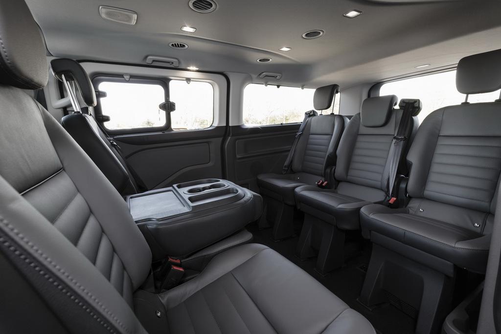 Ford Tourneo Custom (3)