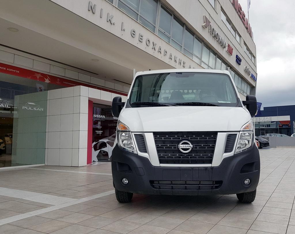 Nissan NV400 με ανατρεπόμενη καρότσα φόρτωσης (2)