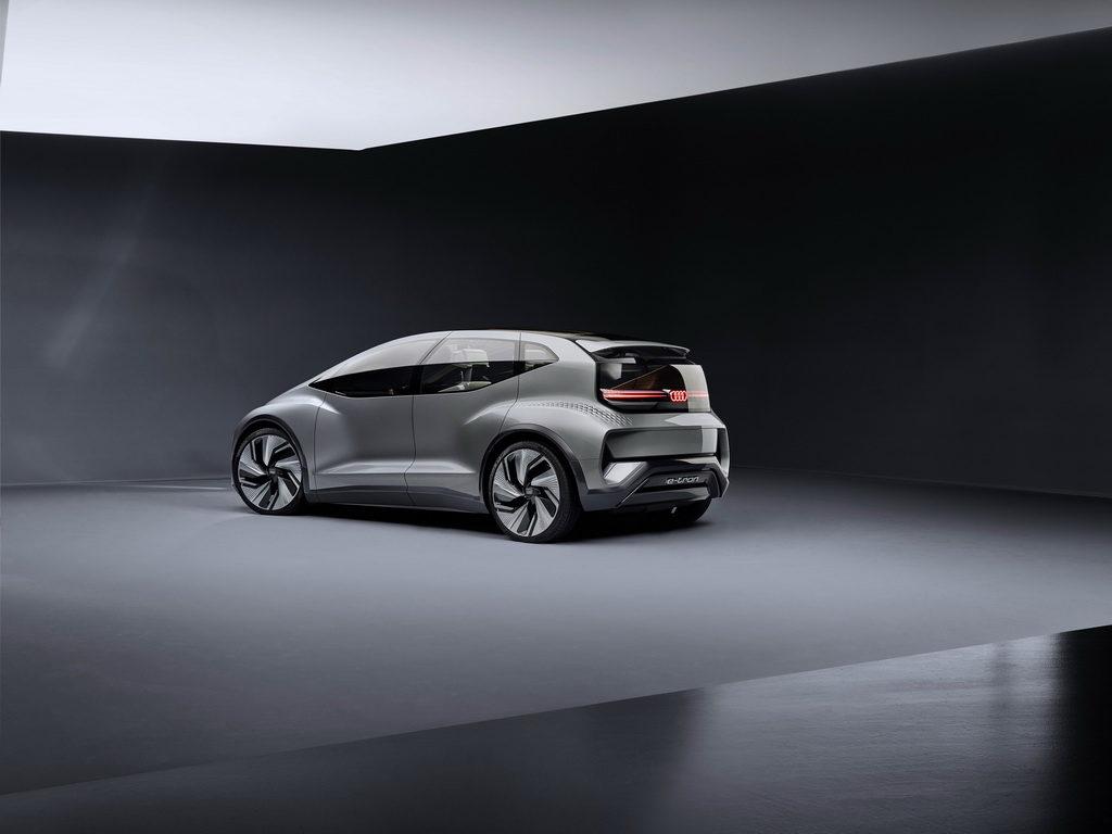 Audi AI:ME back