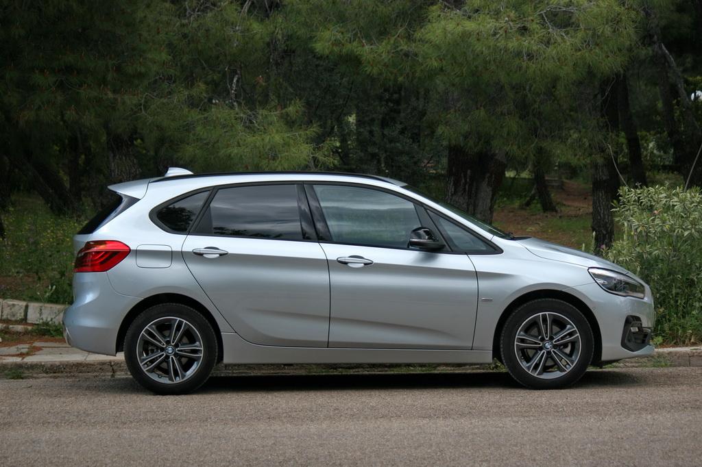 BMW 218i Active Tourer Facelift side