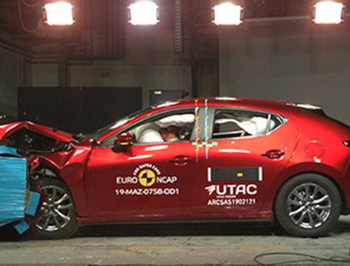 Πεντάστερο το νέο Mazda3 στις δοκιμές του Euro NCAP