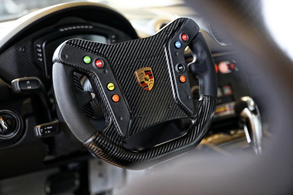 Νέα Porsche 718 Cayman GT4 Clubsport