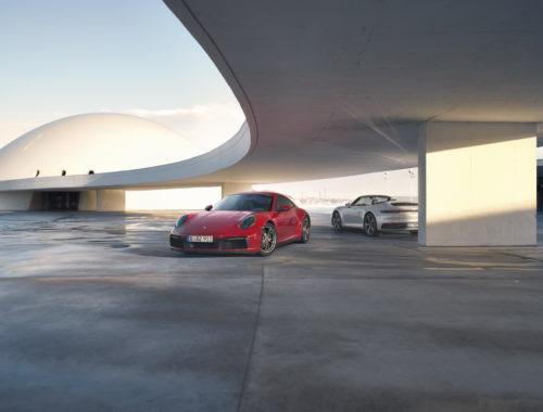 Νέες Porsche 911 Carrera 4 Coupe και 4 Cabriolet