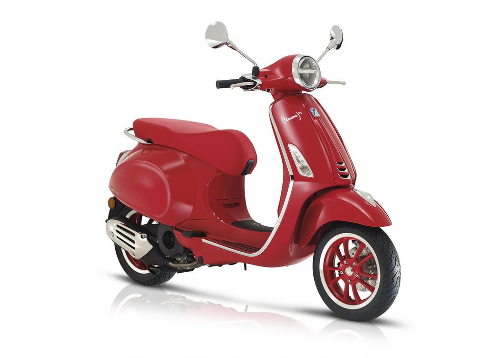 Vespa Primavera (RED)