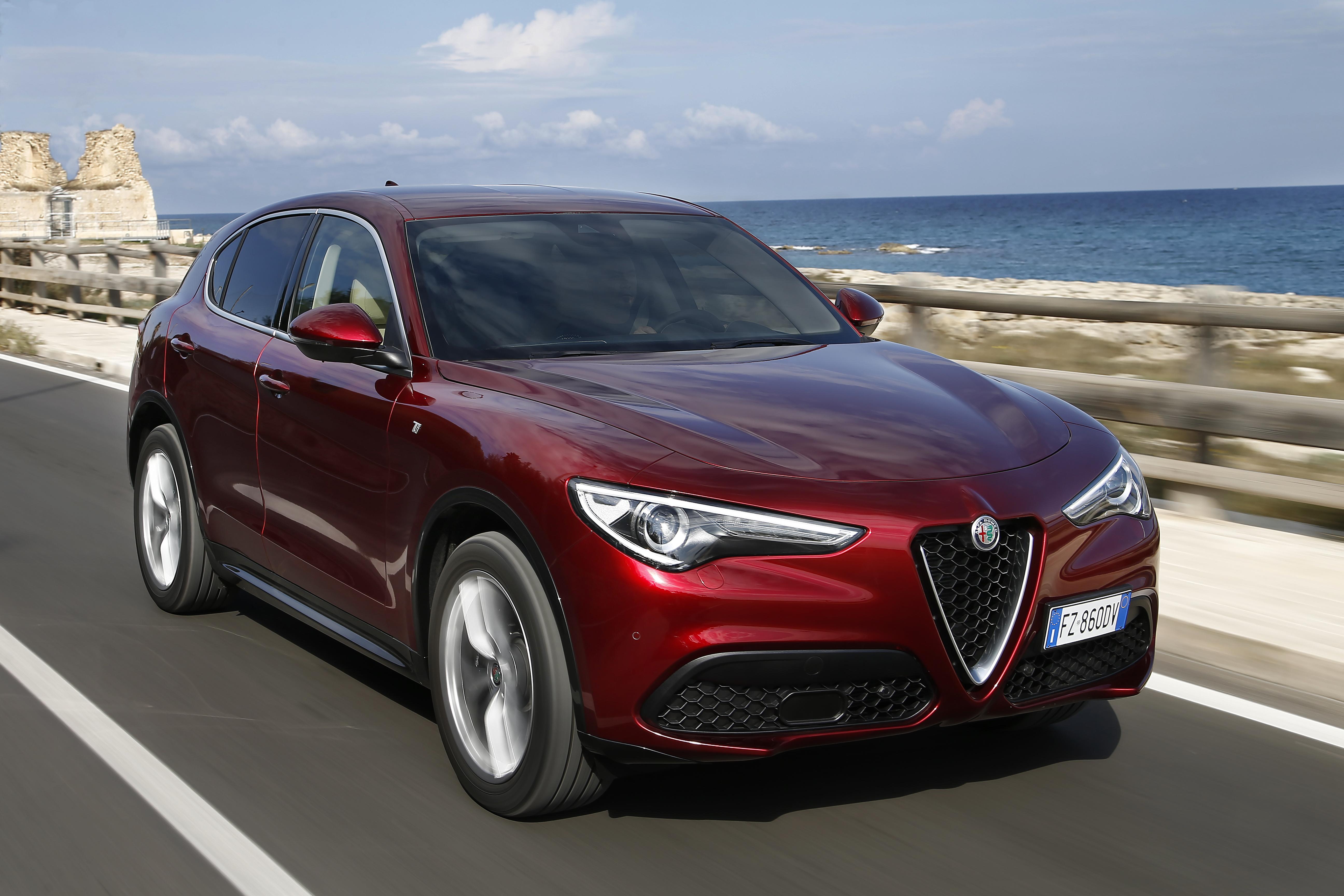 Νέες Alfa Romeo Giulia και Stelvio
