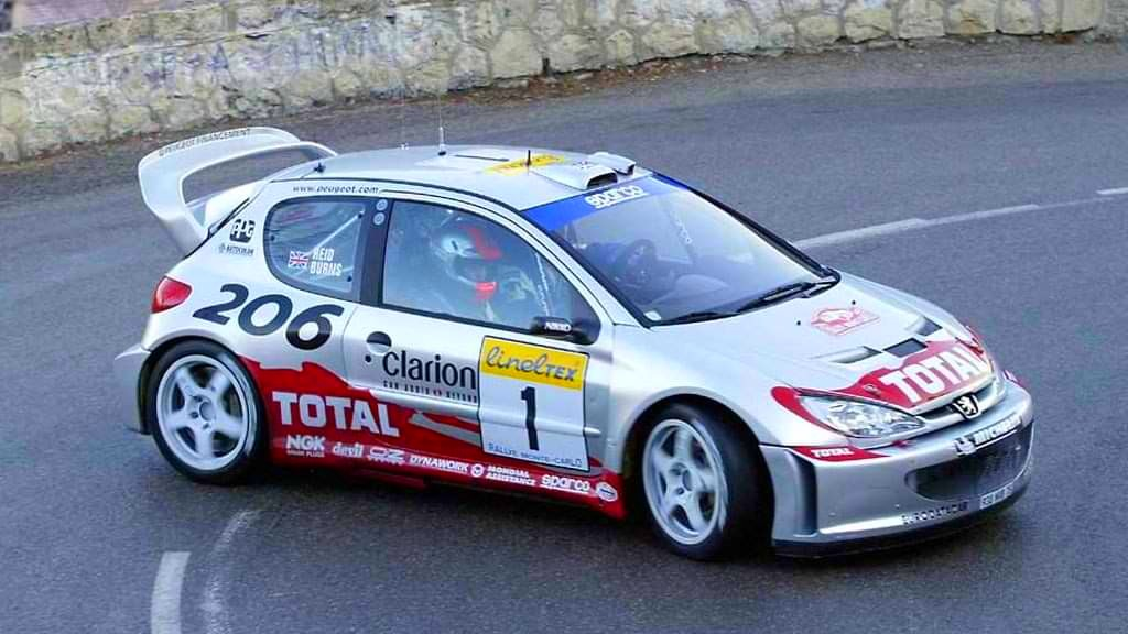 Burns with Peugeot 206