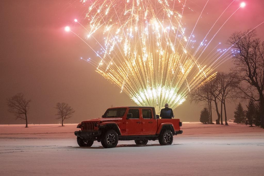 Το διαφημιστικό του Jeep Gladiator σπάει τα κοντέρ