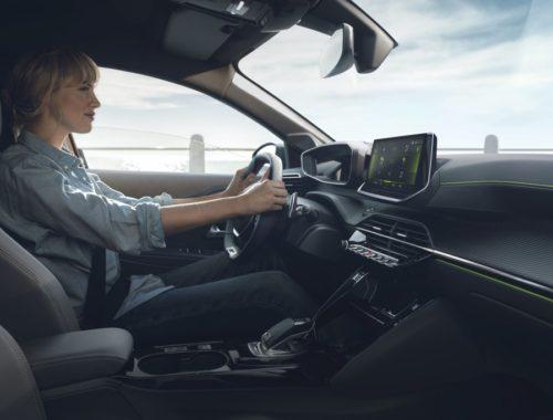 Σπουδαία διάκριση για το νέο Peugeot e-208