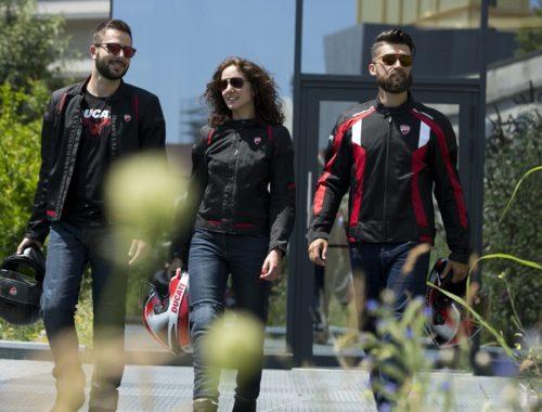 Καλοκαίρι με είδη ρουχισμού Ducati