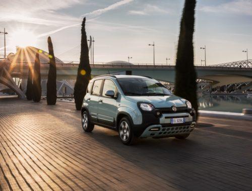 Νέο Fiat Panda Easy Hybrid