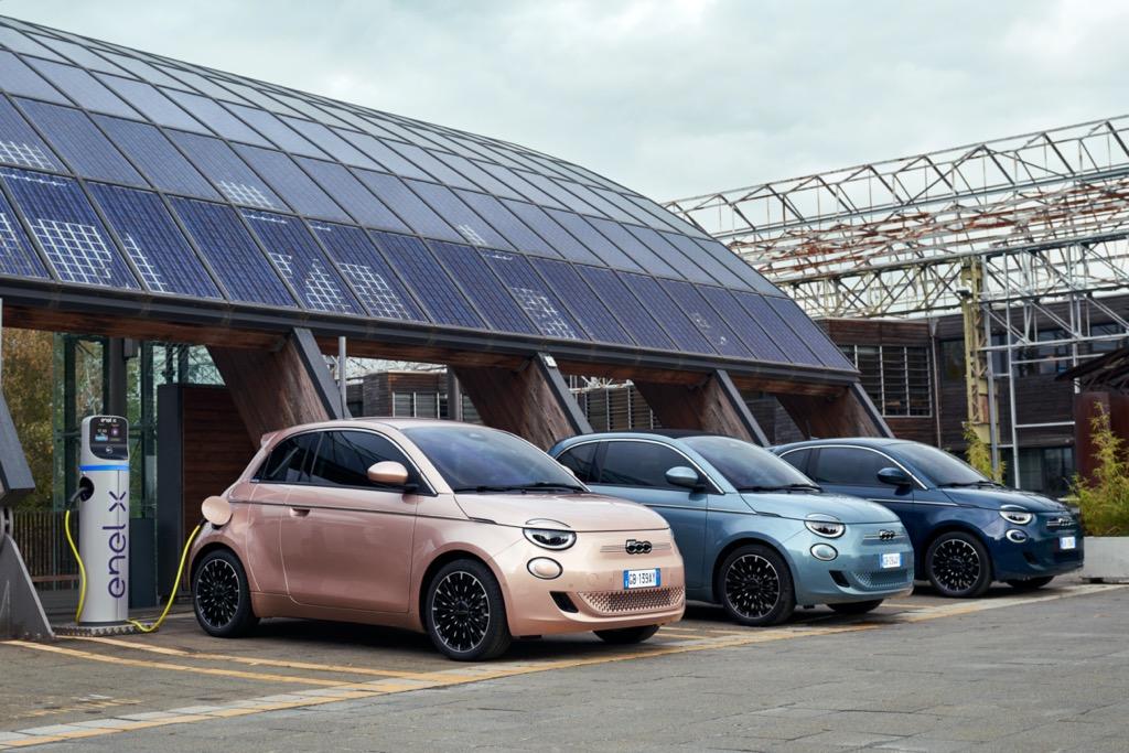 Το νέο ηλεκτρικό Fiat 500 στην Ελλάδα