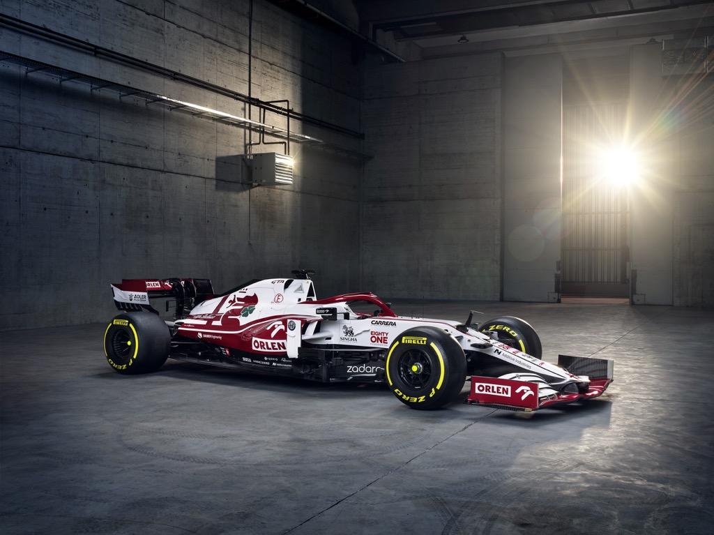 Η Alfa Romeo Racing ORLEN αποκάλυψε το νέο της μονοθέσιο