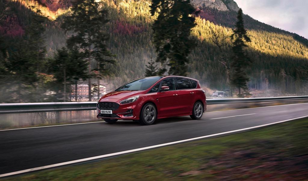 Νέο Ford S-MAX Hybrid