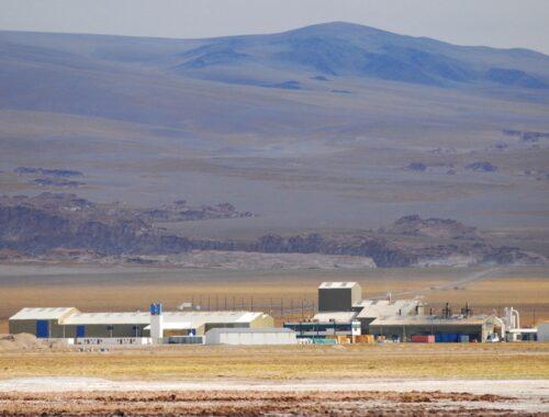 Το BMW Group επιταχύνει την προμήθεια λιθίου