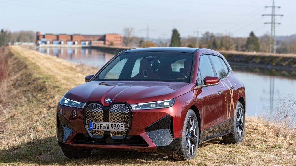 Το BMW Group θα χρησιμοποιεί πράσινη υδροηλεκτρική ενέργεια