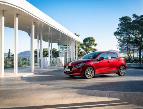 80 χρόνια compact μοντέλων Mazda