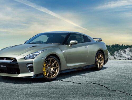 Η Nissan παρουσίασε δύο νέες εκδόσεις του GT-R