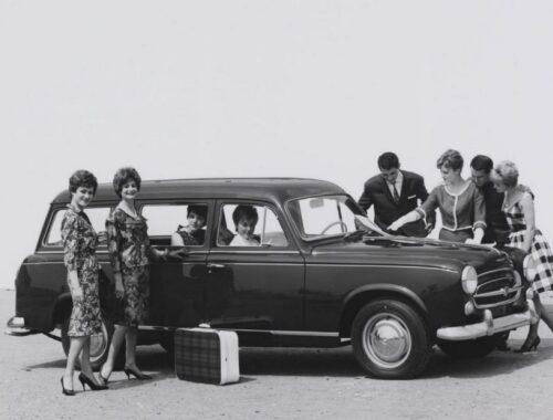 70 χρόνια PEUGEOT station wagon