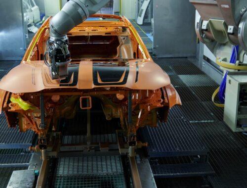 Το BMW Group δοκιμάζει μια νέα διαδικασία βαφής